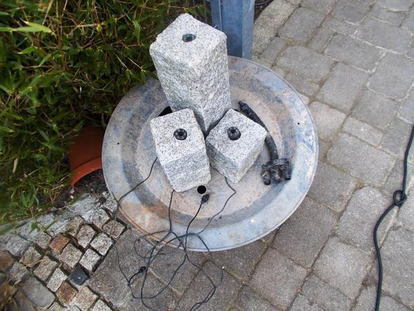 s ulenbrunnen quellsteine 3stck granits ulen beleuchtg. Black Bedroom Furniture Sets. Home Design Ideas