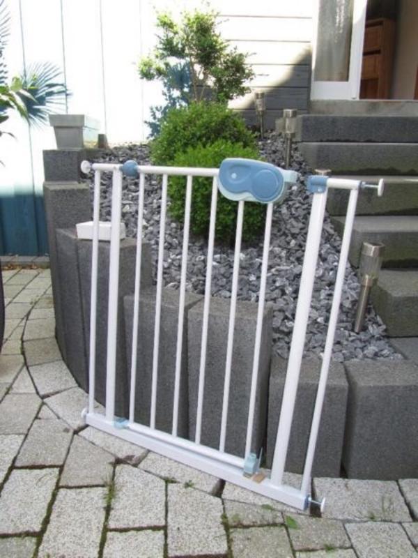 safety 1st t r und treppenschutzgitter neu und ovp. Black Bedroom Furniture Sets. Home Design Ideas