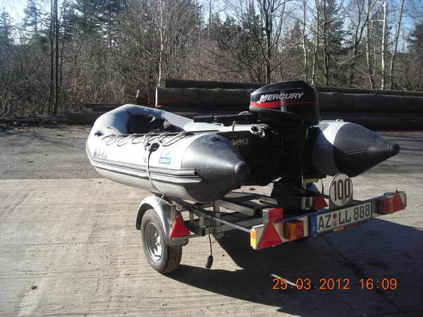 schlauchboot mit 15 ps motor in nieder wiesen kanus. Black Bedroom Furniture Sets. Home Design Ideas
