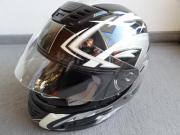 Schöner Helm Motorrad