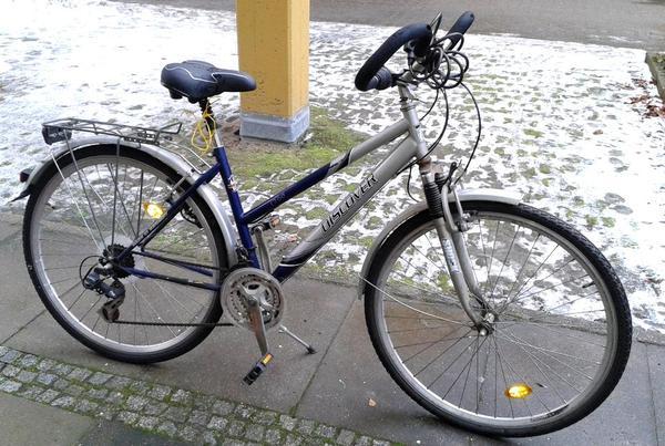 sch nes 26er fahrrad 21 g nge mit gep cktr ger und neuem sattel in berlin sonstige fahrr der. Black Bedroom Furniture Sets. Home Design Ideas