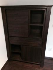 schrank in kolonial stil echtholz. Black Bedroom Furniture Sets. Home Design Ideas