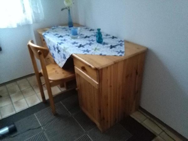 schreibtisch mit stuhl in heidelberg b rom bel kaufen. Black Bedroom Furniture Sets. Home Design Ideas