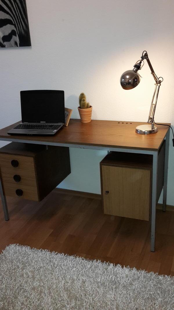 Schreibtisch retro in erlangen b rom bel kaufen und for Schreibtisch quoka
