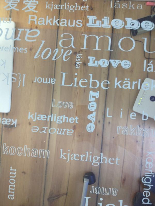 Schreibtischplatte aus Glas in Berlin  KinderJugendzimmer kaufen