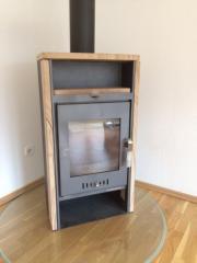alter ofen mit bodenplatte in rumbach fen heizung klimager te kaufen und verkaufen ber. Black Bedroom Furniture Sets. Home Design Ideas