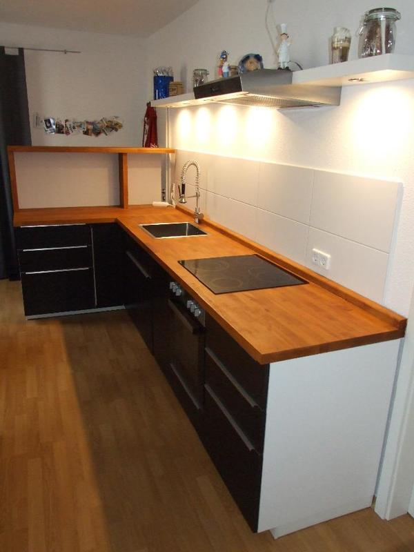 Selbstgestaltete Ikea Küche (Utrusta) mit Elektrogeräten in ...