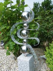 Skulptur BIG Halbmond.