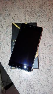 Smartphone vk 700x