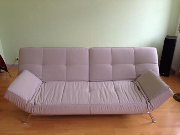 multifunktionales designsofa des franz sischen herstellers. Black Bedroom Furniture Sets. Home Design Ideas