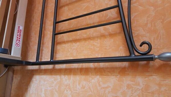 matratze schwarz kaufen gebraucht und g nstig. Black Bedroom Furniture Sets. Home Design Ideas