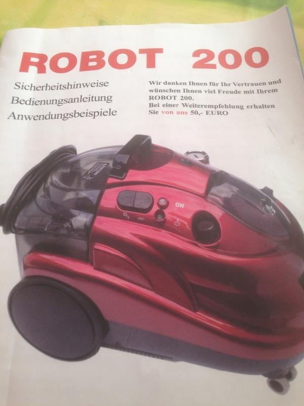 staubsauger und dampfreiniger in einen robot 200 in f rth. Black Bedroom Furniture Sets. Home Design Ideas