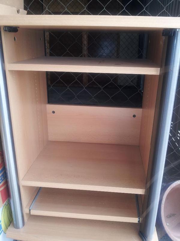 stereo turm und tv reck in frankenthal. Black Bedroom Furniture Sets. Home Design Ideas