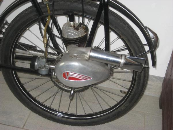 suche victoria fahrrad hilfsmotor fm 38 50er jahre in. Black Bedroom Furniture Sets. Home Design Ideas