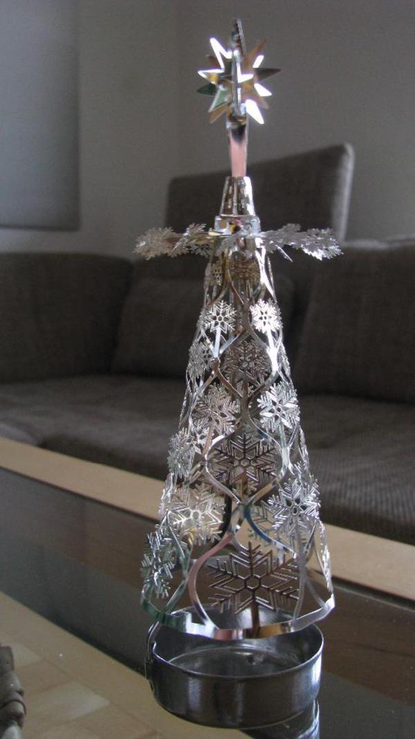 teelicht karussell pyramide schneeflocke weihnachtsbaum. Black Bedroom Furniture Sets. Home Design Ideas