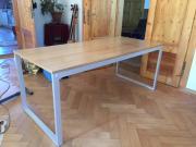 Tisch von KARE