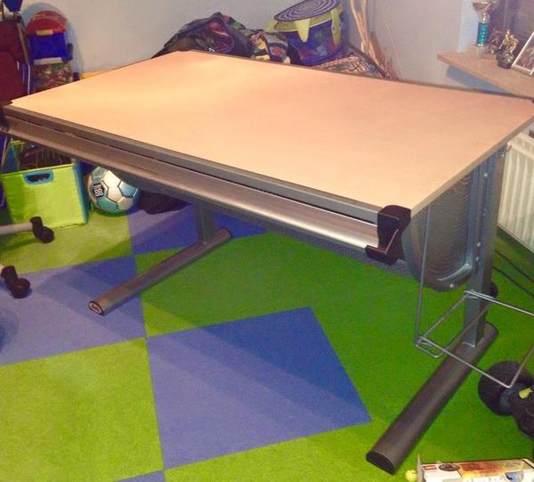 Schreibtisch verstellbar neu und gebraucht kaufen bei for Schreibtisch verstellbar