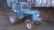 Traktor Ford 5000-