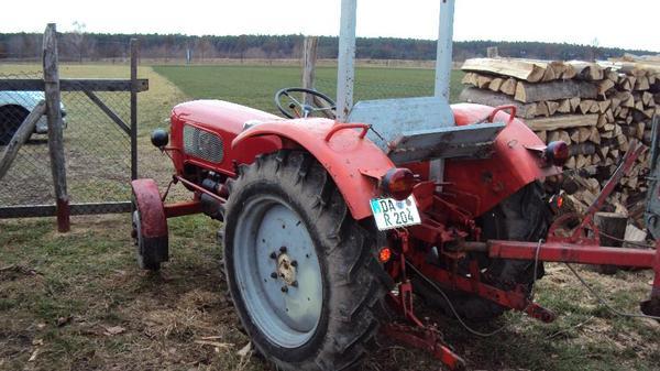 traktor g ldner tessin defekt in babenhausen traktoren. Black Bedroom Furniture Sets. Home Design Ideas