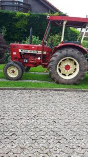 Traktor IHC 654S