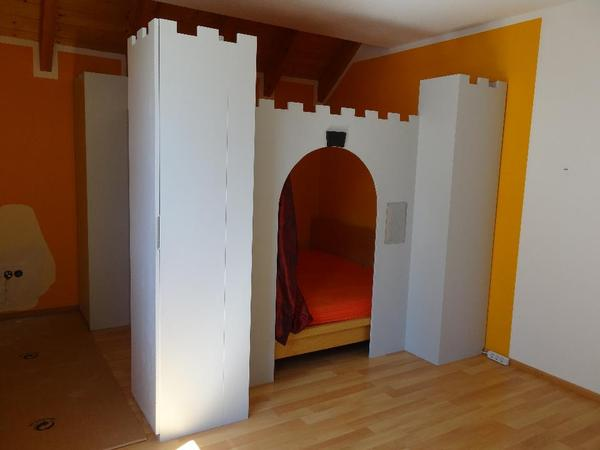 unikat vom schreiner spielburg mit integrierten. Black Bedroom Furniture Sets. Home Design Ideas