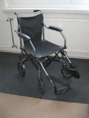 Urlaubs-Rollstuhl zum