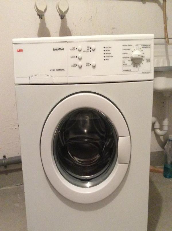 verschenke aeg lavamat waschmaschine in markt indersdorf waschmaschinen kaufen und verkaufen. Black Bedroom Furniture Sets. Home Design Ideas