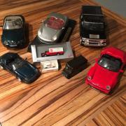 Verschiedene Modellautos