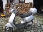 Vespa LX50, silbergrau,