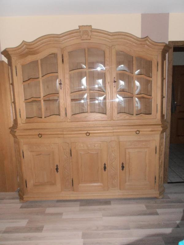 vitrinenschrank massiv eiche in rodgau stilm bel bauernm bel kaufen und verkaufen ber. Black Bedroom Furniture Sets. Home Design Ideas