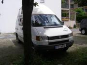 VW- Bus weiß