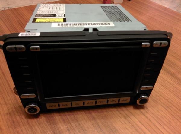 vw passat 3c radio navigations system cd dvd player. Black Bedroom Furniture Sets. Home Design Ideas