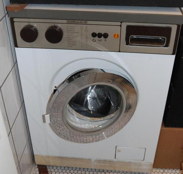 suche gebrauchte waschmaschine suche gebrauchte waschmaschine kaufen verkaufen in. Black Bedroom Furniture Sets. Home Design Ideas