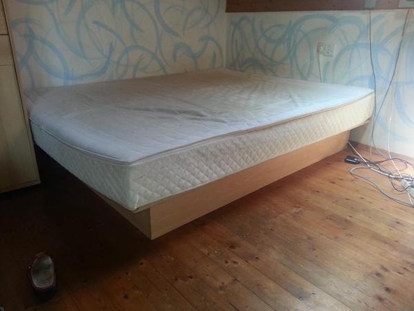 wasserbett in dornbirn betten kaufen und verkaufen ber private kleinanzeigen. Black Bedroom Furniture Sets. Home Design Ideas