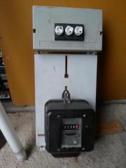 Wechselstromzähler mit Tafel