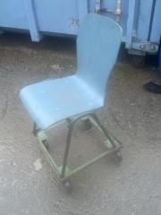 Werkstatt-tauglicher Stuhl