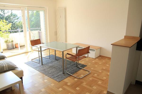 westschwabing m blierte wohnung neu renoviert 2 gro e. Black Bedroom Furniture Sets. Home Design Ideas