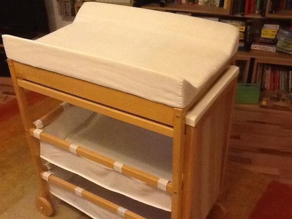 badewanne wickeltisch neu und gebraucht kaufen bei. Black Bedroom Furniture Sets. Home Design Ideas