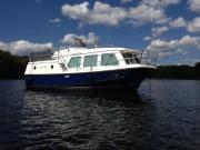 Wohnschiff / Hausboot / Motorboot