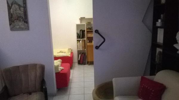 wohnung 39 qm in frankfurt zu vermieten auch m biliert vermietung 1 zimmer wohnungen. Black Bedroom Furniture Sets. Home Design Ideas