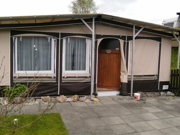 wohnwagen auf dauerstellplatz zu verkaufen in leonberg. Black Bedroom Furniture Sets. Home Design Ideas