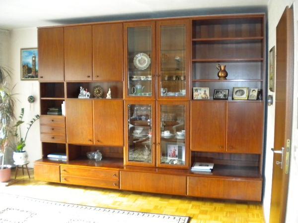 Wohnzimmerwand massiv couch sessel k che essecke for Spiegel 2x2m