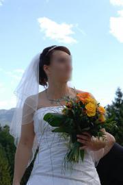 Wunderschönes Brautkleid aus