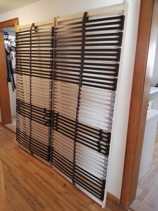 zwei neuwertige ikea lattenroste je 90 cm breit und 200 cm lang in hersbruck matratzen rost. Black Bedroom Furniture Sets. Home Design Ideas