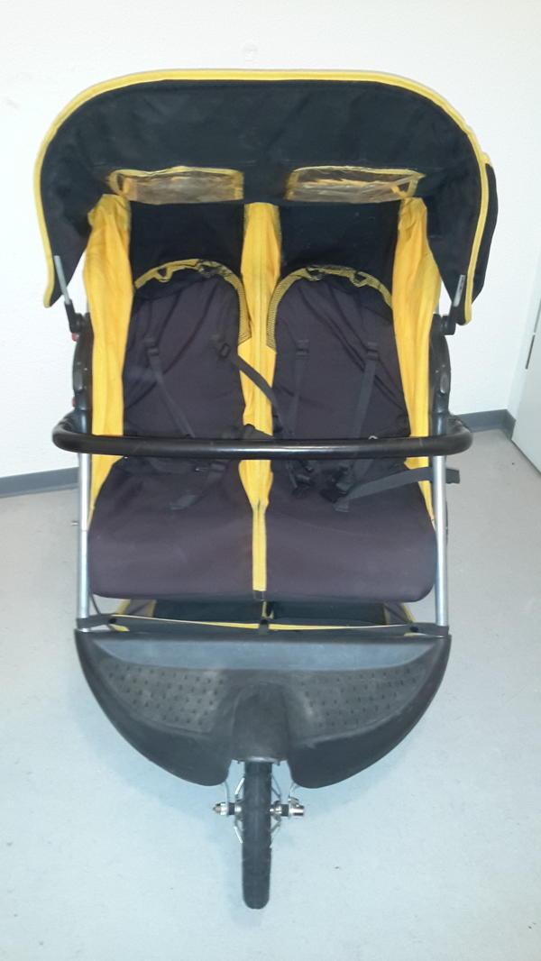 kinderwagen kombis kinderwagen tragen k ln gebraucht kaufen. Black Bedroom Furniture Sets. Home Design Ideas
