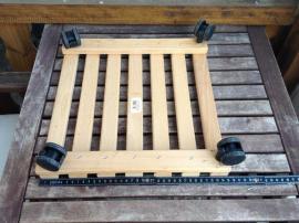 9x Stück 28x28cm Pflanzentrolley mit: Kleinanzeigen aus Zirndorf - Rubrik Gartenmöbel