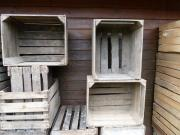 alte rustikale Holzkisten,