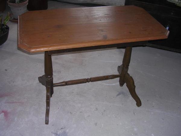 Alter Tisch Holz Beistelltisch Rechteckig In Zorneding Stilmöbel