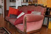 Antikes Dreisitzer-Sofa