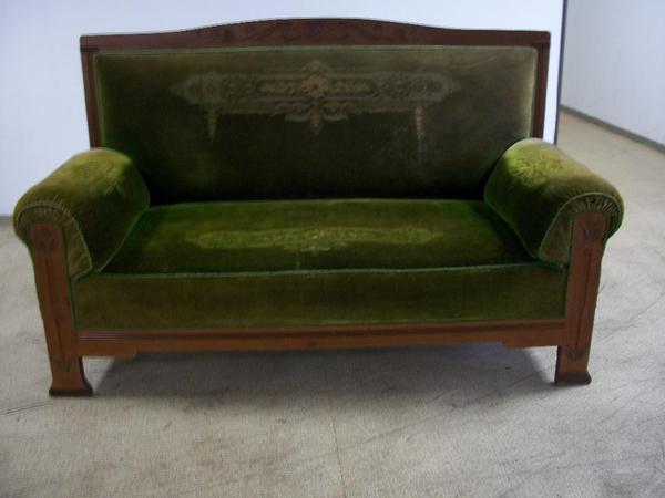 antikes jugendstilsofa im originalzustand in berlin designerm bel klassiker kaufen und. Black Bedroom Furniture Sets. Home Design Ideas